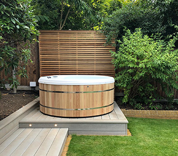 Garden Hot Tubs Ideas Inspiration 2021 Whatspa